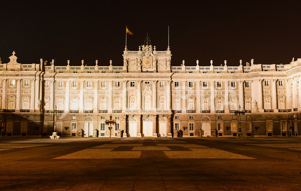 Travel Like Royalty on Business Class Flights to Enjoy the Royal Palace of Madrid - IFlyFirstClass