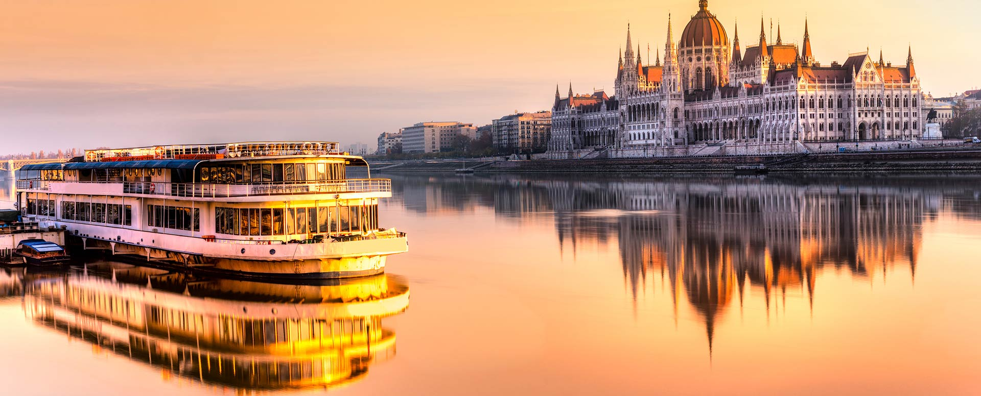 Discounted flight tickets to Hungary - IFlyFirstClass