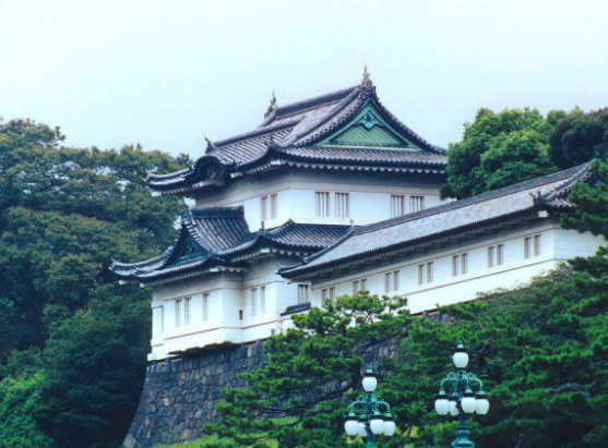 Leave plenty of time between your business class flights to include a visit to Tokyo Imperial Palace - IFlyFirstClass