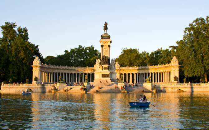 Live Royally With First Class Flights and a Trip to Madrid's El Retiro - IFlyFirstClass