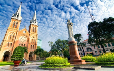 First class deals to Ho Chi Minh City open up incredible experiences and easy local transport. - IFlyFirstClass